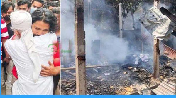 ব্রাহ্মণবাড়িয়ায় তাণ্ডব: পোড়া বাড়ির সামনে বাবা-ছেলের কান্না